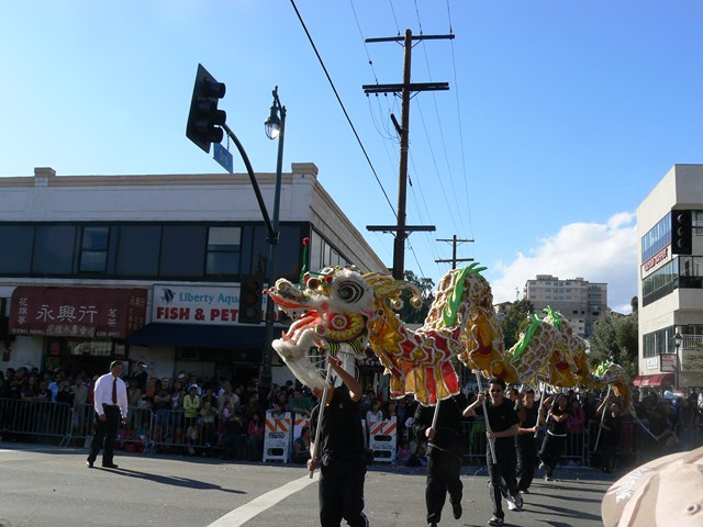 chinatown_parade.jpg