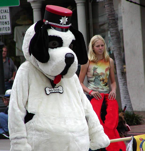 big_dog_parade.jpg