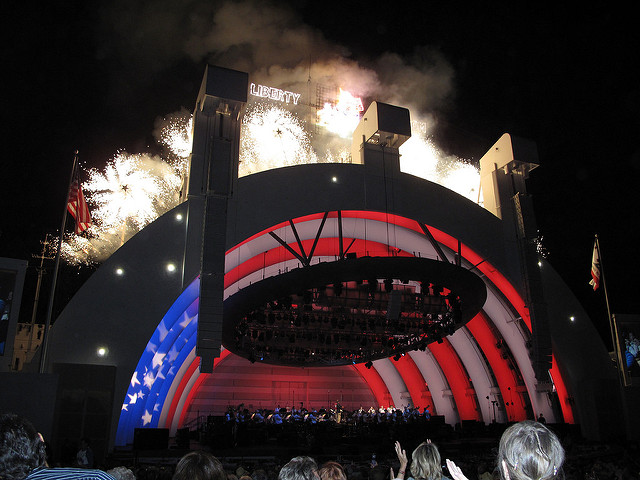 hollywoodbowlfirework.jpg