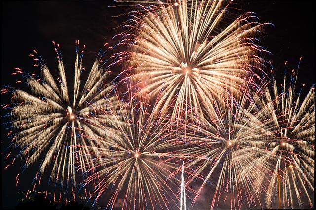 rosebowl-fireworks.jpg