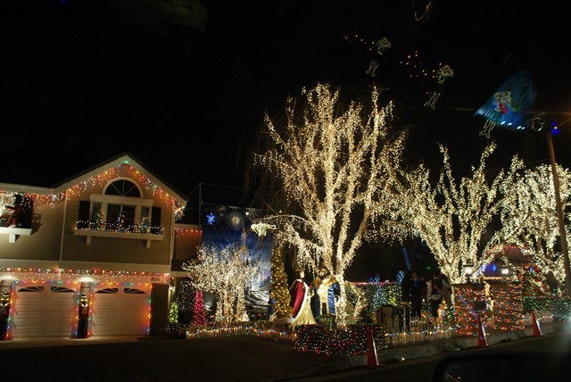 Christmas Lights In Rancho Cucamonga