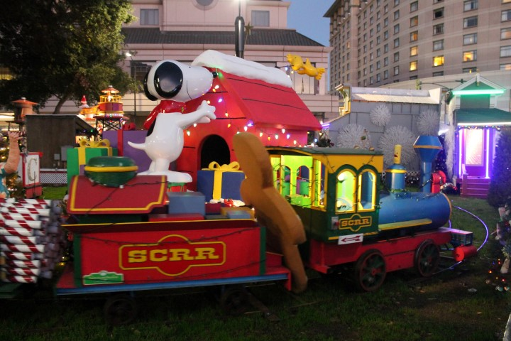 ChristmasInThePark4.JPG