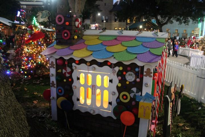 ChristmasInThePark7.JPG