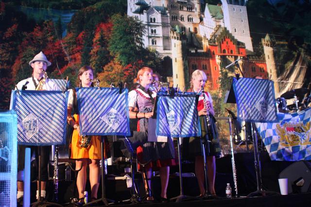 OktoberfestAlpineVillage2.jpg