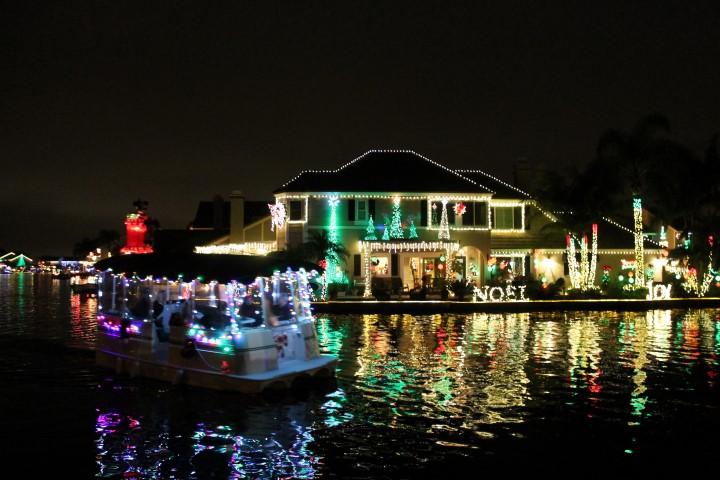 yorba-linda-christmas-boat3.JPG