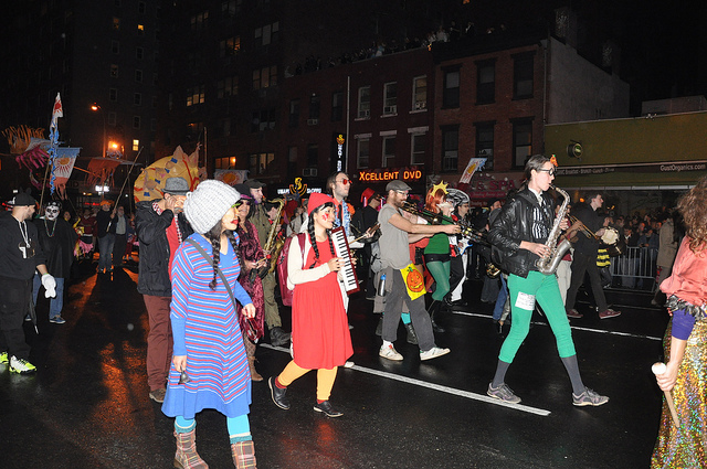 VillageHalloweenParade4.jpg