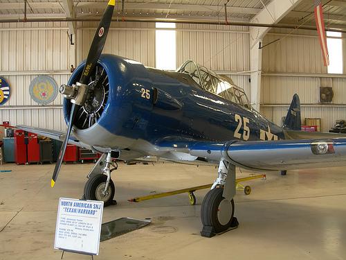 commemorative_air_force_museum.jpg