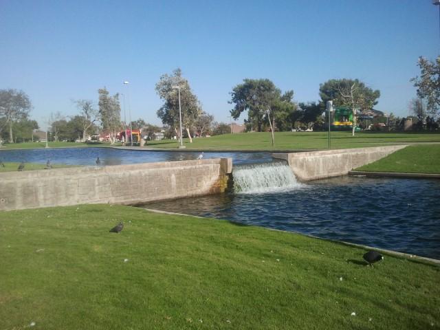 Cerritos-Regional-Park4.jpg