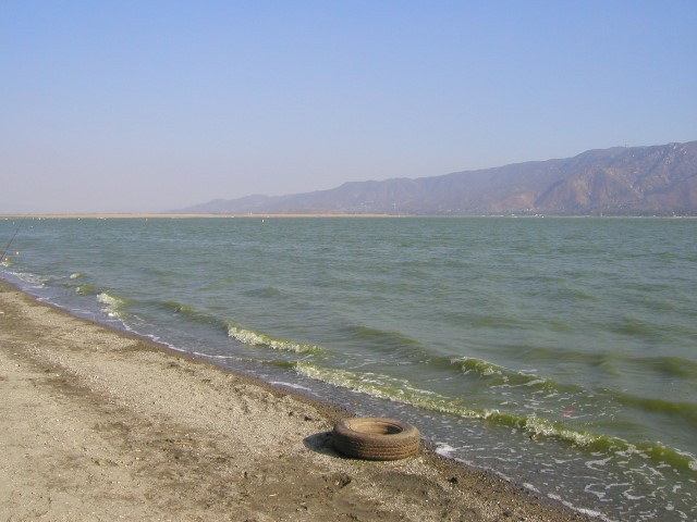 lake-elsinor.JPG