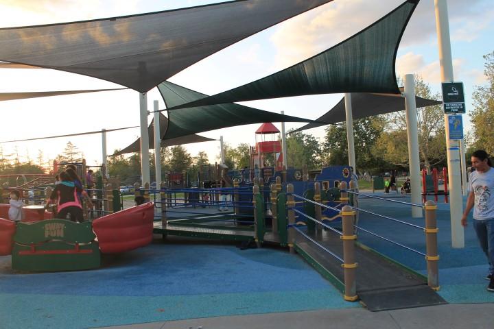 Lake-Balboa-Park-5.JPG