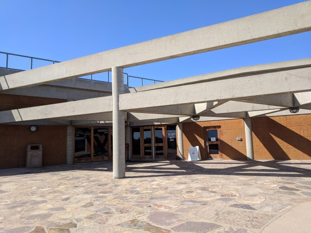 MuthInterpretiveCenter02.jpg