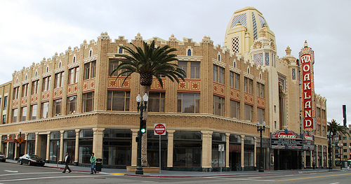 Fox-Oakland-Theater.jpg