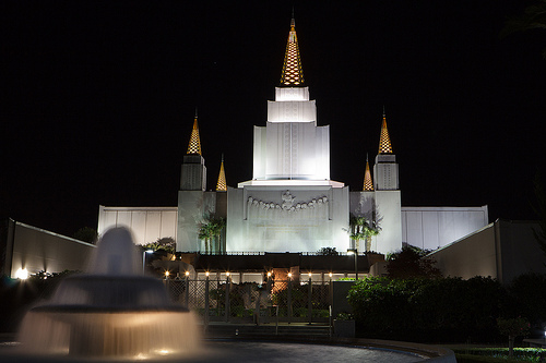 Oakland-Mormon-Temple.jpg