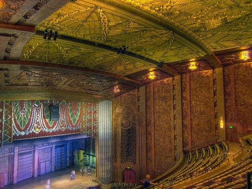 Paramount-Theatre.jpg