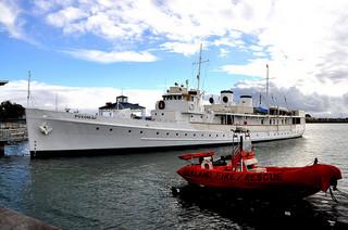 USS_Potomac.jpg