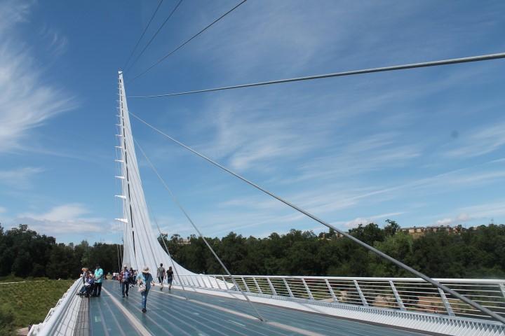 Sundial-Bridge-01.JPG