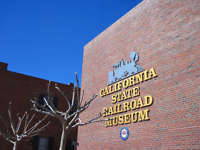 California-State-Railroad-Museum-01.jpg