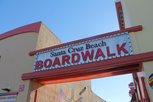 santa-cruz-boarwalk01.jpg