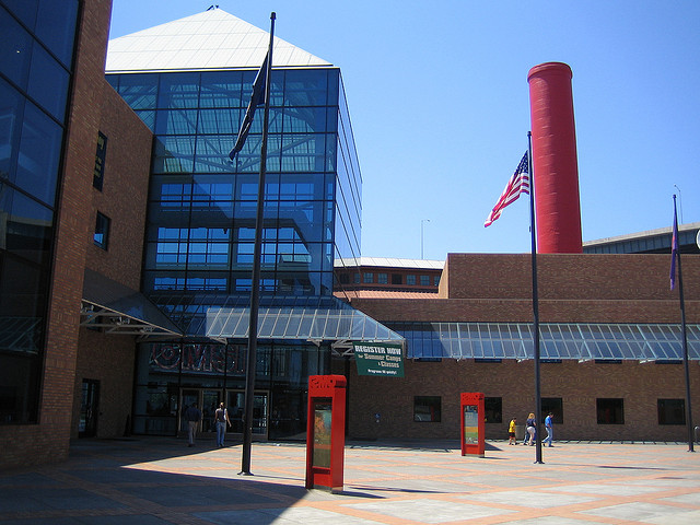 Oregon-Museum-of-Science-and-Industry.jpg