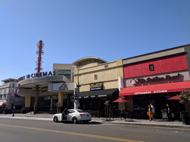Downtown-Brea-06.jpg