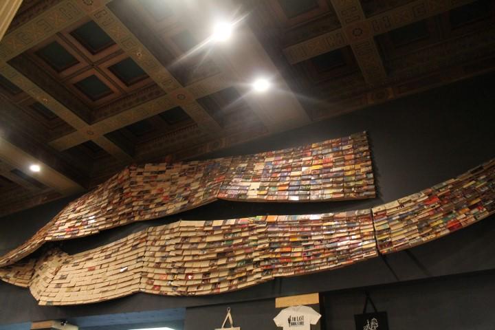lastbookstore4.JPG