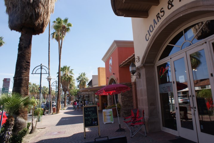 downtown-palmsprings4.JPG