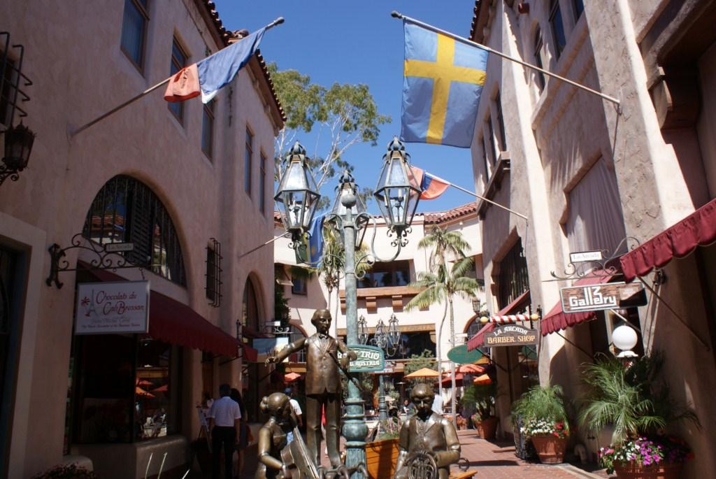 downtown_santa_barbara.JPG