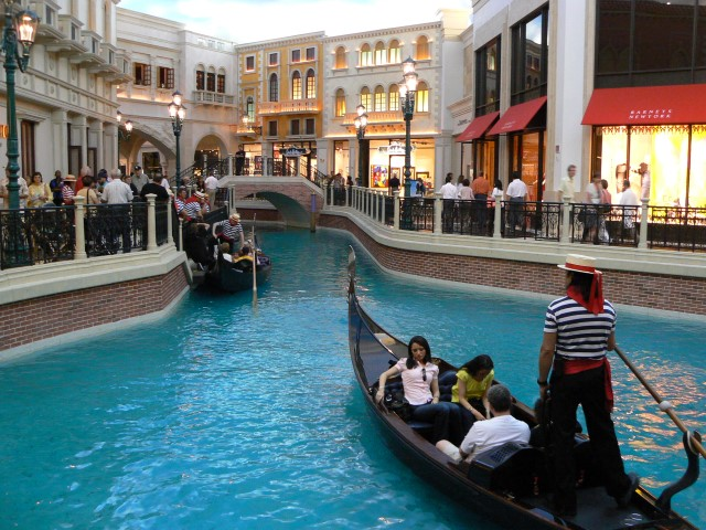 grand-canal-shoppes.JPG