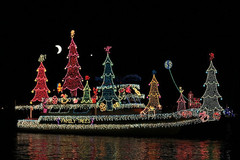 Newport-Beach-Christmas-Boat-Parade.jpg