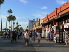 Venice-Beach-Boardwalk1.JPG