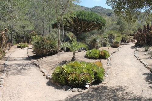 Wrigley Memorial And Botanical Garden