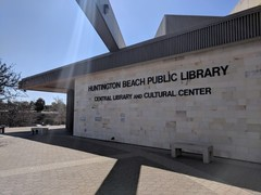HuntingtonBeachCentralLibrary01.jpg