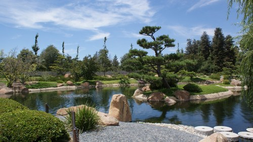 van_nuys_japanese_garden.JPG
