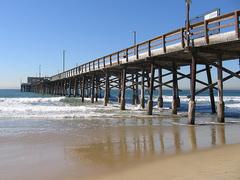 Newport-Pier.jpg