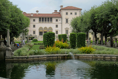 Vizcaya-Museum.jpg