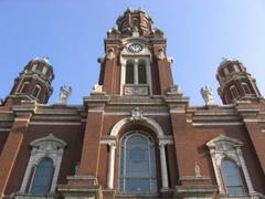 St-Hyacinth-Basilica.jpg