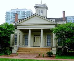 The-Clarke-House-Museum.jpg