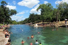 Barton_Springs_Pool.jpg