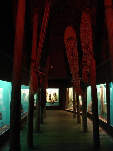 MilwaukeePublicMuseum16.jpg