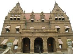 Pabst-Mansion.jpg