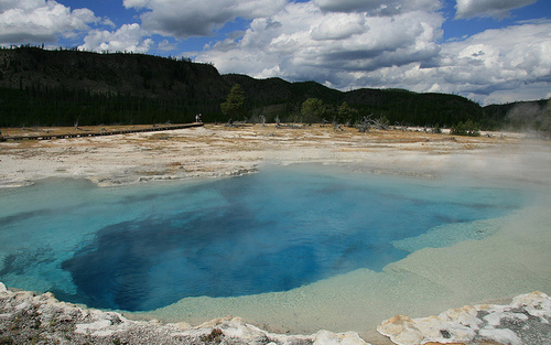 YellowstoneNationalPark3.jpg