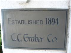 graberhouse0.JPG