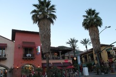 downtown-palmsprings1.JPG