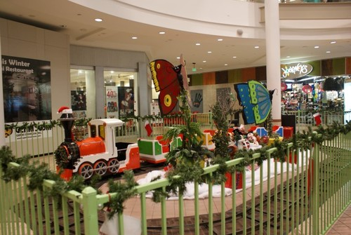 Westfield Mainplace Mall