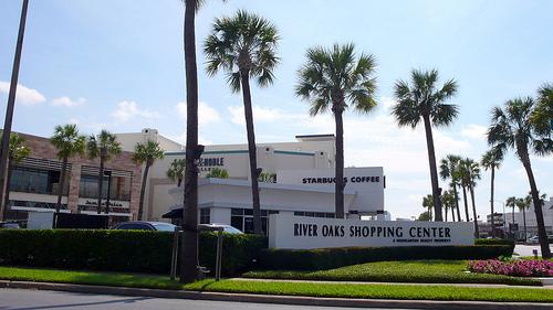 River-Oaks-Shopping-Center.jpg