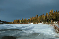 mammoth-lakes-winter.jpg